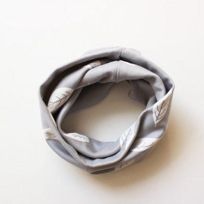 Loop grau Blätter - Öko-Tex Standard 100-0